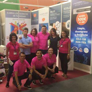 Equipo comercial Asturias Laundry Pro en la 61 edición de FIDMA
